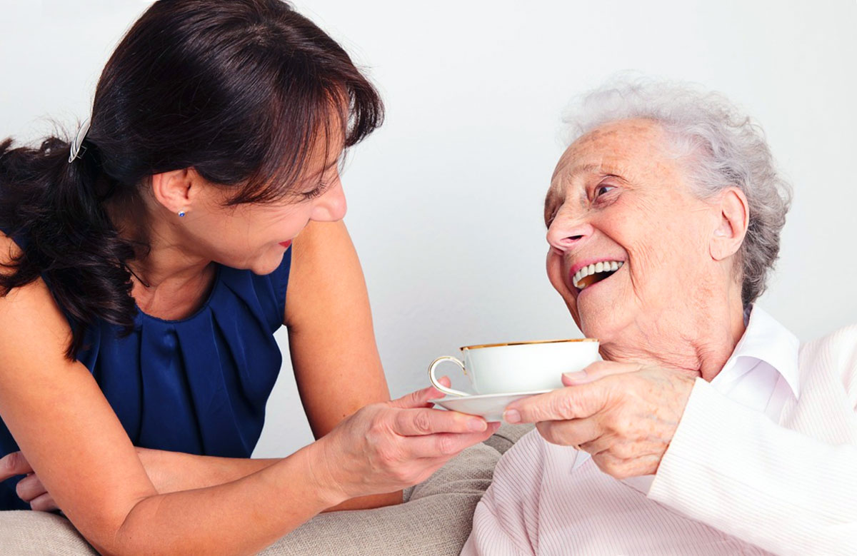 Cercasi Badante per assistenza anziana allettata ad Urzulei - disponibilità di vitto e alloggio