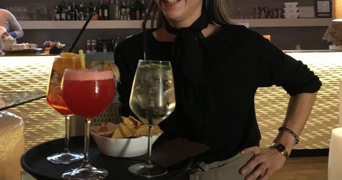 Cercasi Cameriera per lavoro serale presso PUB nel Corso a Cagliari