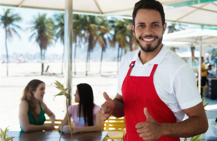 Golfo Aranci (SS): Bar ristorante sulla spiaggia cerca 3 camerieri/e per stagione estiva - vitto incluso