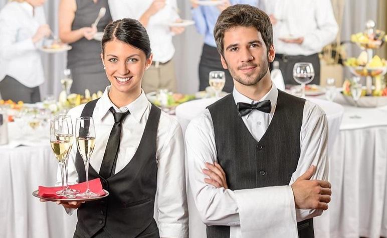 San Teodoro (SS): Cercasi 4 Cameriere/I per stagione estiva