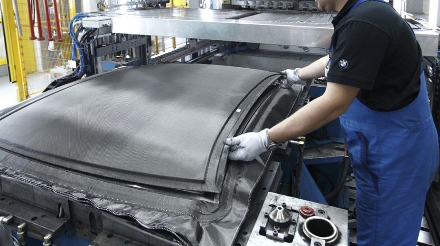 Cercasi 2 Carrozzieri fibra vetro per stampaggio di parti di carrozzeria in fibra vetro con procedimento RTM-iniezione resina