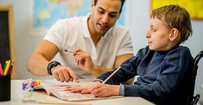 ELCOOPERATIVA cerca 2 EDUCATORE/TRICE per Alghero e Macomer