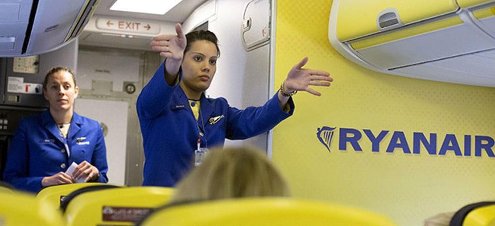 Ryanair cerca Assistenti di Volo - recruitment days a Cagliari il 21 gennaio e il 21 febbraio