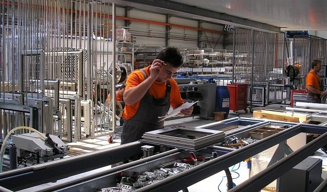 Cercasi Carpentiere in metallo per tirocinio presso azienda produzione infissi a SESTU (CA)
