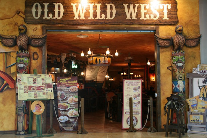Cagliari: Old Wild West assume operatori di Sala - cameriere/a
