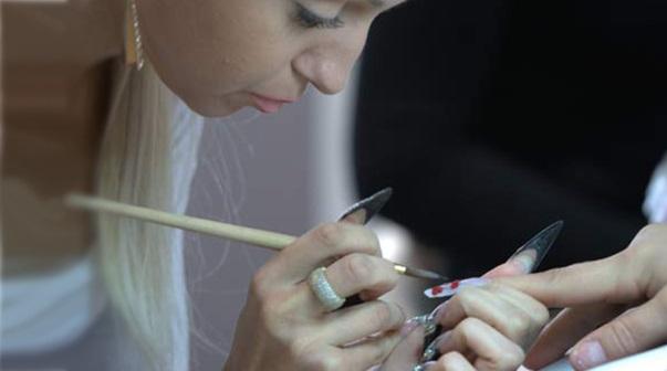 Centro estetico a NUORO cerca 1 Onicotecnica - Addetta/o a cure estetiche