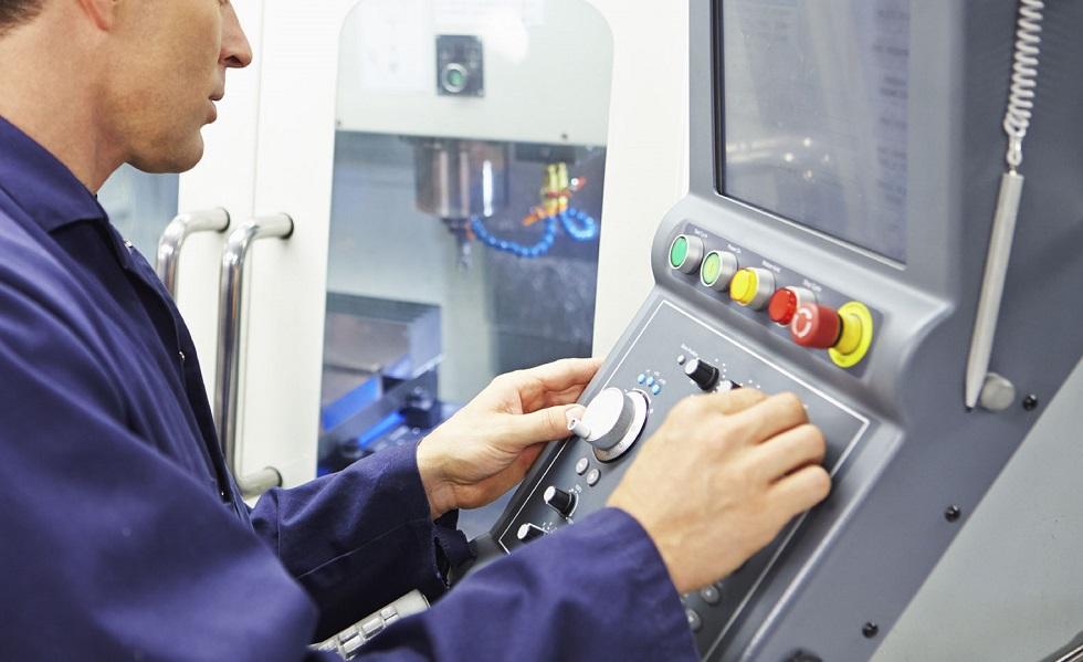 Sassari  Cercasi Operaia o addetto a all uso di macchinari industriali  controllati da PLC e PC - Contratto CCNL FULL TIME b5efca4ca4d