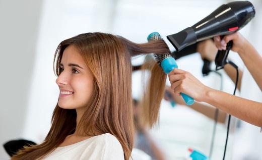 Cabras (OR): Salone cerca ragazzo/a con qualifica da parrucchiere - anche con poca esperienza