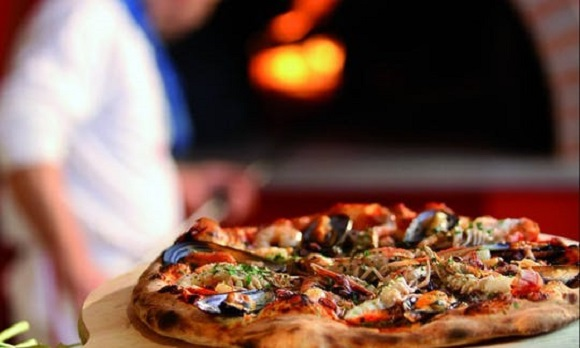 Alghero (SS): Cercasi cuoco Pizzaiolo con esperienza, massima professionalità e serietà