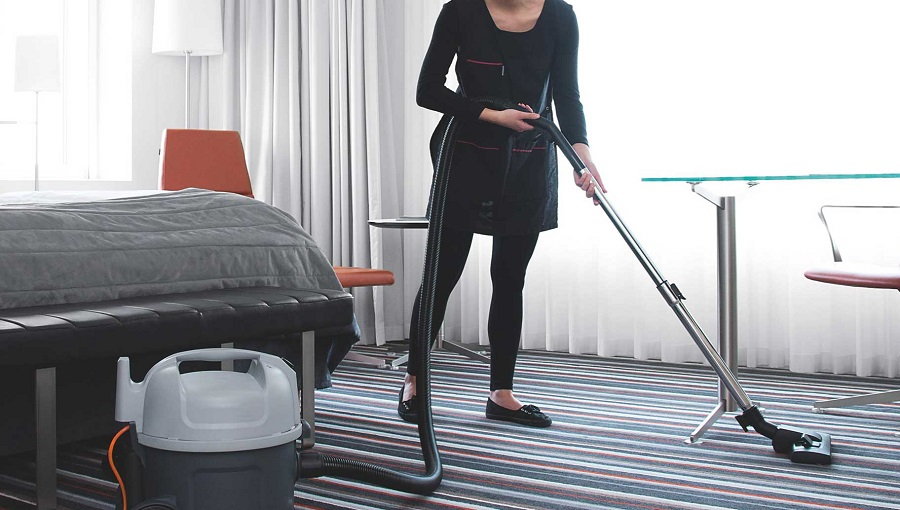 Siniscola (NU): Cercasi 1 addetto alla reception e 2 addetti/e alle pulizie camere - vitto e alloggio inclusi